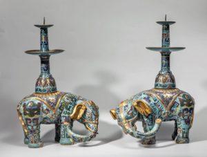 Paire-déléphants-bouddhiques - vente 14 decembre 2015 - Bernard Gomez Expert en art asiatique